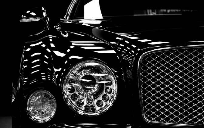 High-resolution desktop wallpaper Black Bentley by lightvector