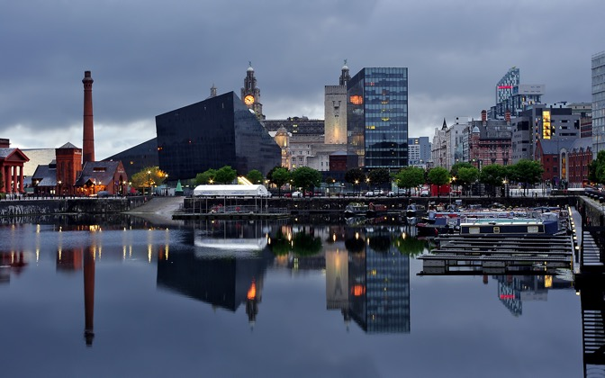 High-resolution desktop wallpaper Liverpool by Nitrogliserin