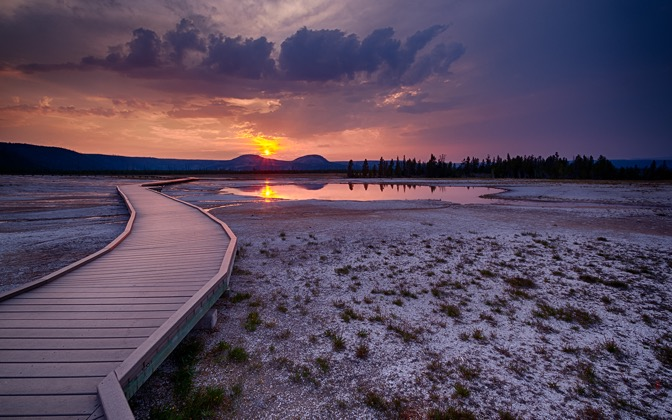 High-resolution desktop wallpaper Yellowstone Sunset by rayshan