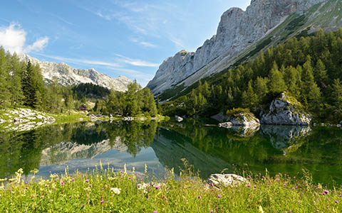 High-resolution desktop wallpaper Triglav lake by Bojan