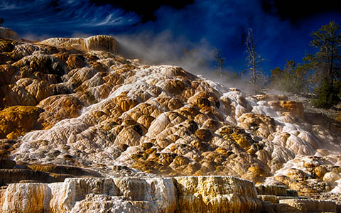 High-resolution desktop wallpaper Mammoth Springs Yellowstone by dlbdata