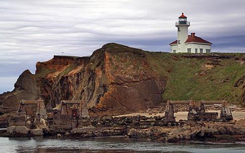 High-resolution desktop wallpaper Gregory Point Lighthouse by Robert Bynum