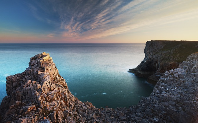 High-resolution desktop wallpaper The Sea Cliffs of Pembroke by durand