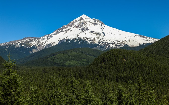 High-resolution desktop wallpaper Hood Mountain by deweyhulsey