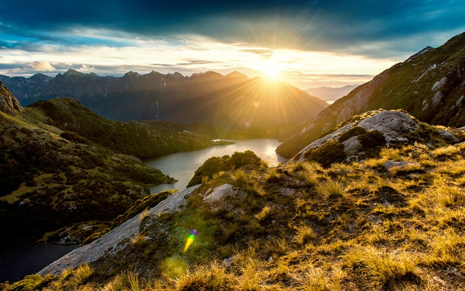 High-resolution desktop wallpaper Fiordland Sunrise by David Capellari