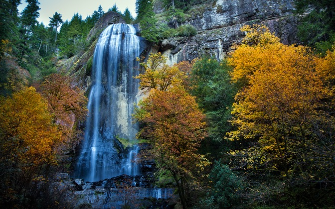 High-resolution desktop wallpaper Fall Silver Falls by Robert Bynum