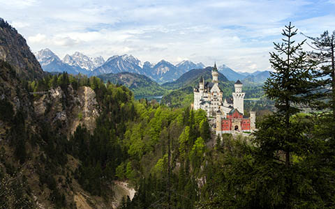 High-resolution desktop wallpaper Neuschwanstein by Maximilian Winter