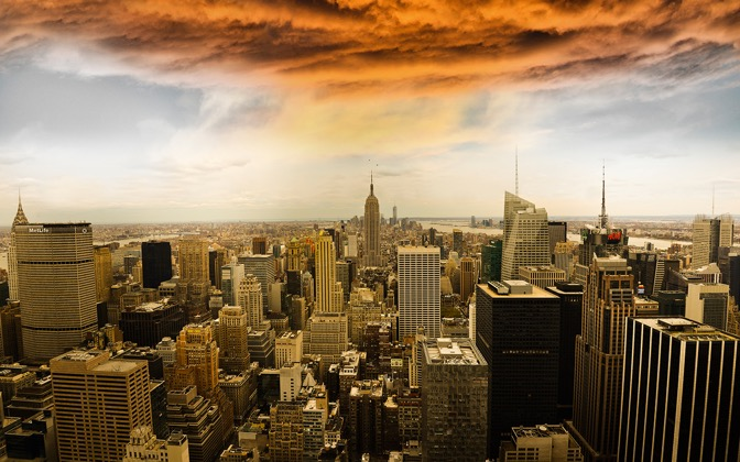 High-resolution desktop wallpaper A Storm over Manhattan by Robin Kamp