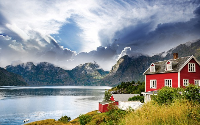 High-resolution desktop wallpaper Norway Vastness by Robin Kamp