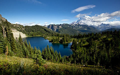 High-resolution desktop wallpaper Mt. Rainier by escapebyguitar