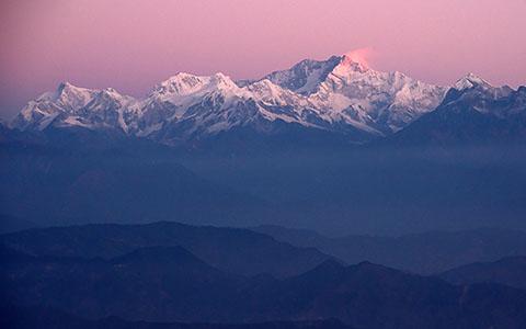 High-resolution desktop wallpaper Sun Kissed Kachendzonga by shubha_dg