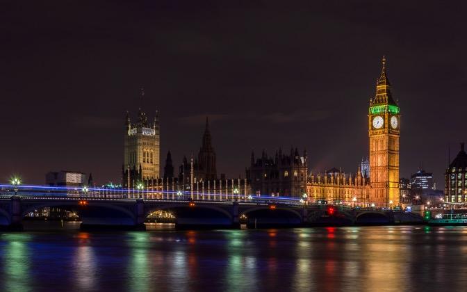 High-resolution desktop wallpaper London by Night by Kosta Stoenchev