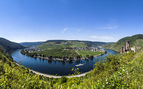 High-resolution desktop wallpaper Mosel River Curve by donnosch