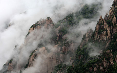 High-resolution desktop wallpaper Misty Huang Mountain by bingham008