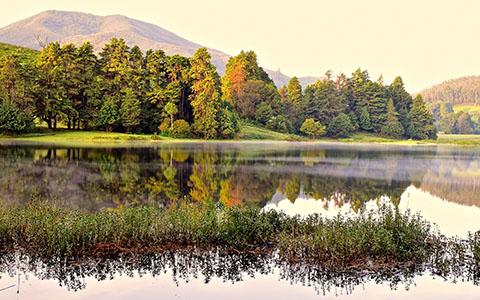 High-resolution desktop wallpaper Dawn at the lake by rishiramesh