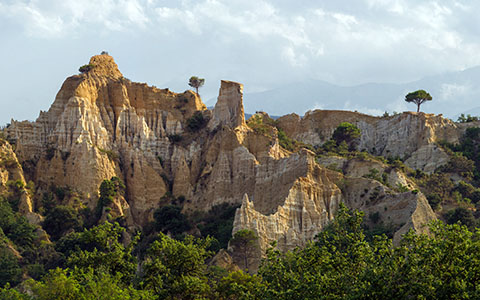 High-resolution desktop wallpaper Hoodoo of Ille-sur-Tet by Sebastophiles