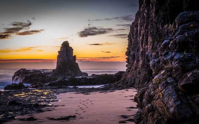 High-resolution desktop wallpaper Cathedral Rocks' Morning by snowlee