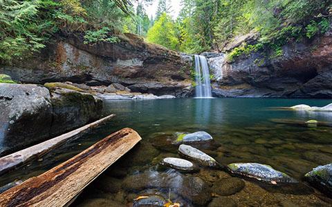 High-resolution desktop wallpaper Upper South Fork Coquille Falls by Robert Bynum