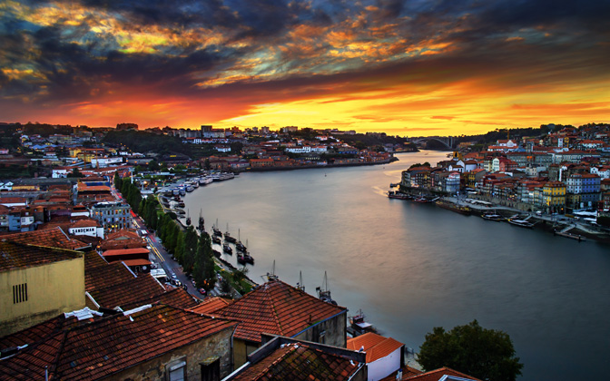 High-resolution desktop wallpaper Enchanting Porto by Mohsen Kamalzadeh