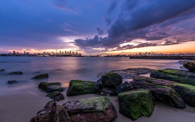 High-resolution desktop wallpaper Sydney Skyline by snowlee