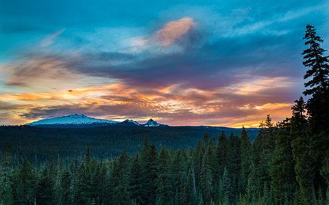 High-resolution desktop wallpaper Diamond Peak Sunset by Robert Bynum