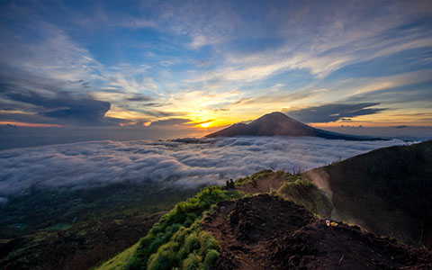High-resolution desktop wallpaper Morning Sun on Gunung Batur by wysoki