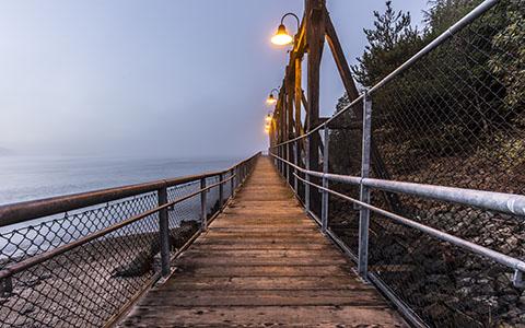 High-resolution desktop wallpaper Foggy Pier by Jeffery Hayes