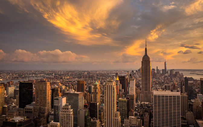 High-resolution desktop wallpaper Manhattan Sunset by Vaclav Vrsinsky