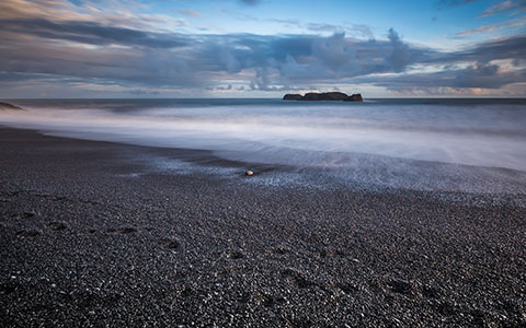 High-resolution desktop wallpaper Iceland's Black Stones by ilovemountains