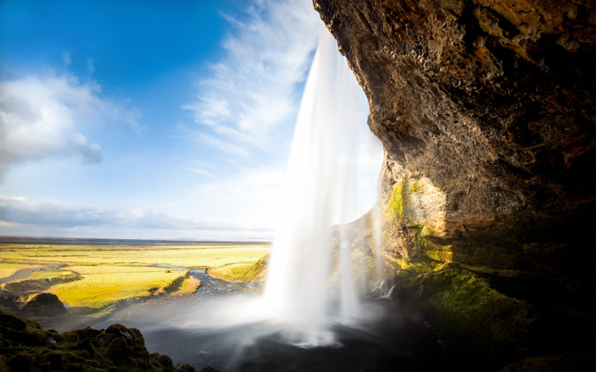 High-resolution desktop wallpaper Seljalandsfoss, Iceland by Robin Kamp