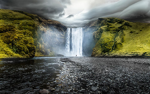 High-resolution desktop wallpaper Skogafoss, Iceland by Robin Kamp