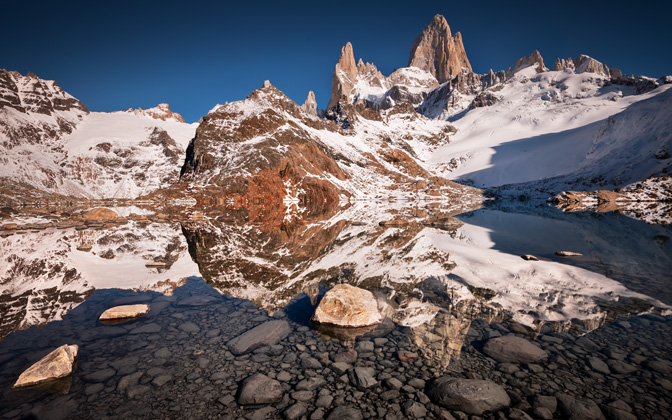 High-resolution desktop wallpaper Laguna de los Tres by TheWanderingSoul