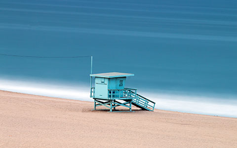 High-resolution desktop wallpaper Venice Beach Lifeguard Tower by auburnalum06