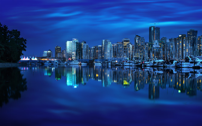 High-resolution desktop wallpaper Vancouver's Mirror by Mohsen Kamalzadeh