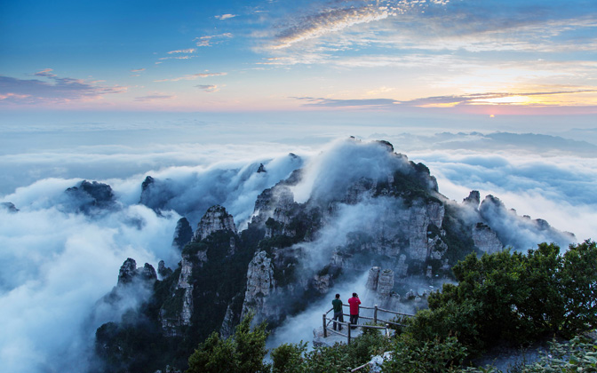 High-resolution desktop wallpaper Sunrise of Baishi Mountain by bingham009