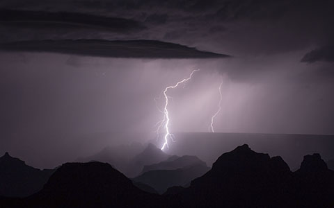 High-resolution desktop wallpaper Lightning over the Grand Canyon by tjhiker