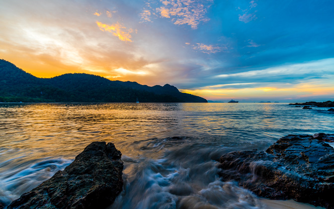 High-resolution desktop wallpaper Datai Bay Sunset by Daniel Jiang