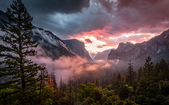 High-resolution desktop wallpaper Misty Yosemite by scarbrtj