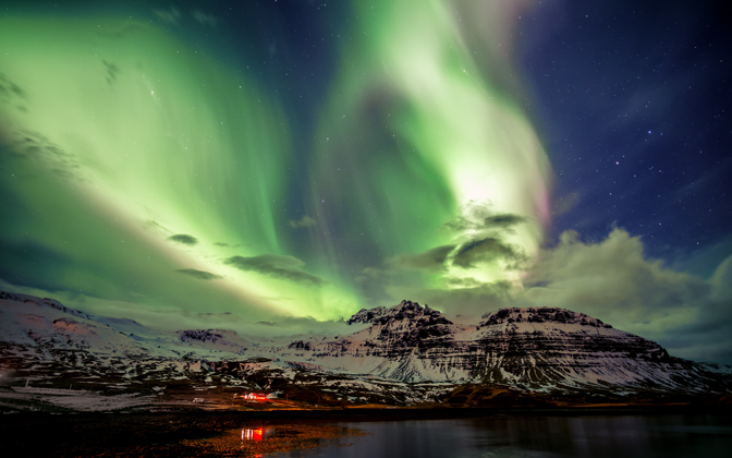 High-resolution desktop wallpaper Wings of Angels - Northern Lights on Iceland by Dominic Kamp
