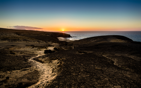 High-resolution desktop wallpaper Sunset in La Pared by uniQ168