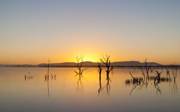 High-resolution desktop wallpaper Grampians Dawn by donkermedia